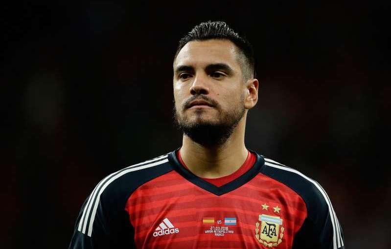 Argentina announce Man Utd goalkeeper Sergio Romero will miss World Cup throughinjury