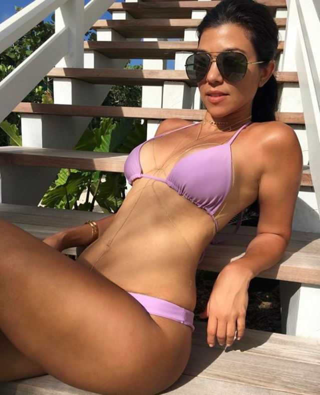 kourtney-kardashian-bikini-pics-sexy-12