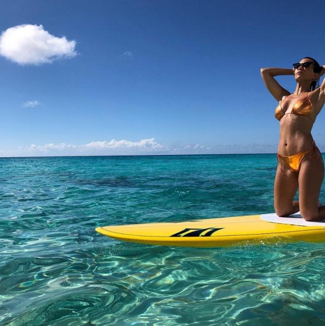 kourtney-kardashian-bikini-pics-sexy-13