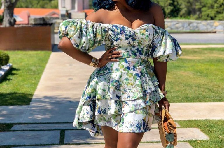 """Instagram Model """"Chioma"""" Flaunts Cleavage In Beautiful ColorfulGown"""
