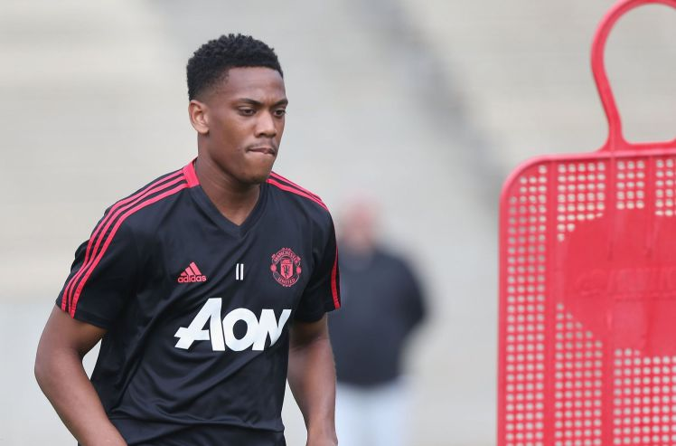 Manchester United to fine Anthony Martial two weeks' wages for going AWOL