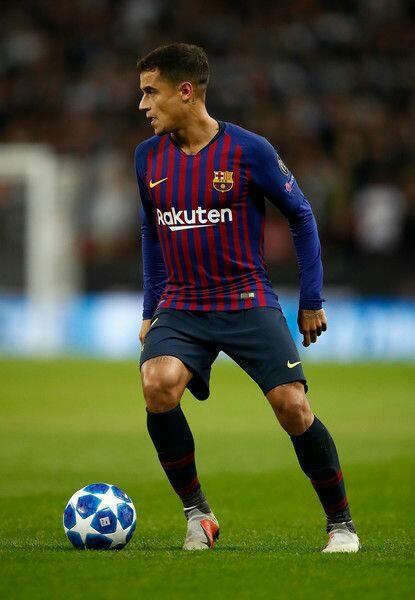 Coutinho decides to stick withBarcelona