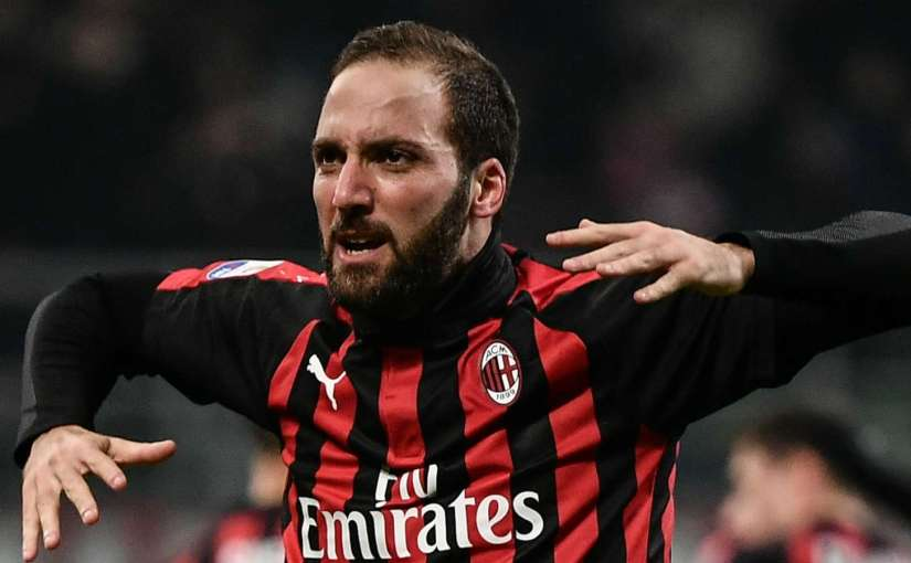 Gattuso leaves door open for Higuain move to Chelsea