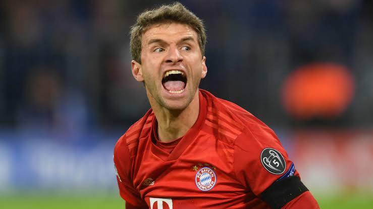 Muller renews Contract